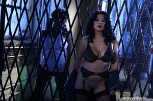 Hot sexy full figured babes undress - XXX Dessert - Picture 9