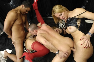 Euro shemale slut sucks cock and fucks a - XXX Dessert - Picture 11