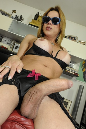 Shemale fucks babe in ass after getting  - XXX Dessert - Picture 5