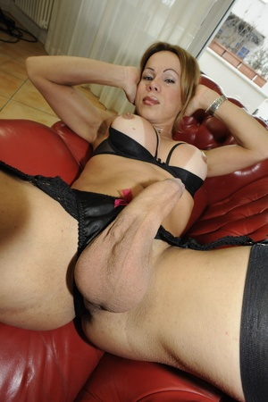 Shemale fucks babe in ass after getting  - XXX Dessert - Picture 6