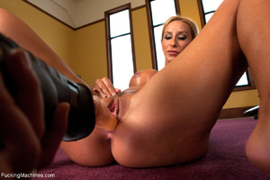 Busy blonde enjoys banging with a sybian - XXX Dessert - Picture 10