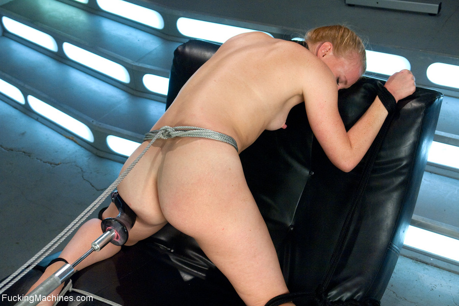 Ponytailed chick roped to a fucking machine - XXX Dessert - Picture 3