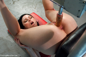 Tattooed brunette bitch trying a fucking - XXX Dessert - Picture 5