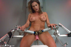 Ponytailed fitness trainer gets all her  - XXX Dessert - Picture 2