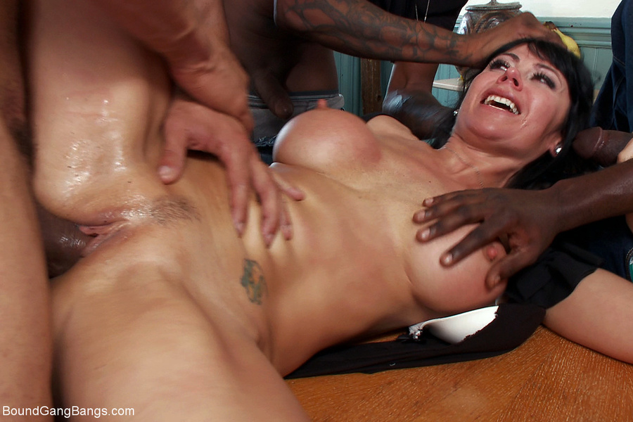 Awesome gangbang black mom niceee