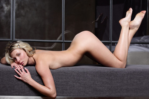 Blonde gal in striped lingerie pounding  - XXX Dessert - Picture 7