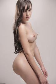 curvy brunette sasha demonstrates