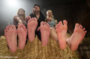 Dazzling sexy ladies enjoy some foot job - XXX Dessert - Picture 2