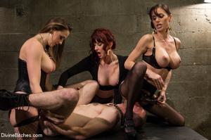 Three horny babes enjoys pounding up han - XXX Dessert - Picture 14