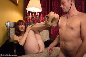 Seductive sexy lady loved to make some f - XXX Dessert - Picture 8