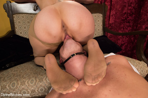Seductive sexy lady loved to make some f - XXX Dessert - Picture 9