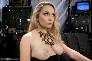 Horny hot and sexy blonde bitch loved to - XXX Dessert - Picture 3