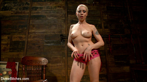 Sexy and horny blonde bitch loved stript - XXX Dessert - Picture 2