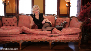 Short hair blonde loved to show pics of  - XXX Dessert - Picture 10