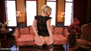 Short hair blonde loved to show pics of  - XXX Dessert - Picture 15