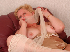 Hot lingerie babes need you undress - Sexy Women in Lingerie - Picture 5