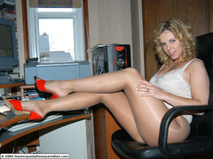 Hot babes in stocking can't control - Sexy Women in Lingerie - Picture 6