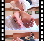 A goddess beckoning for your love of her sole and toes