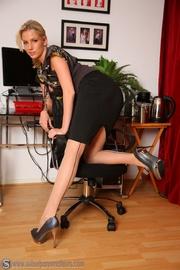 ponytailed blonde secretary old-fashioned