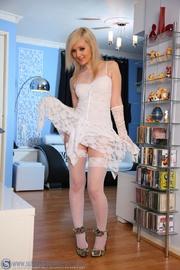 lovely blonde babe bride's