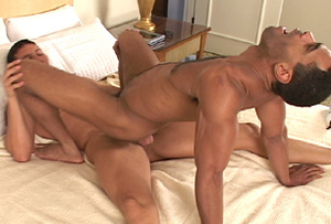 Muscular men jerking off while waiting i - XXX Dessert - Picture 8