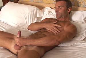 Muscular men jerking off while waiting i - XXX Dessert - Picture 9