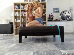 Luscious cock starved teen blondies love - XXX Dessert - Picture 2