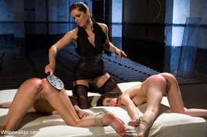 Double pussy licking, spanking, big dild - XXX Dessert - Picture 11
