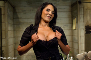 Girls show no mercy as they fist fuck, l - XXX Dessert - Picture 7