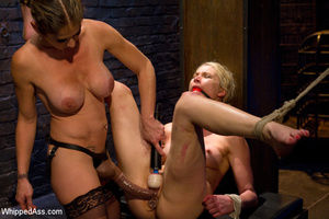 Hard beating and caging sexual games wit - XXX Dessert - Picture 9