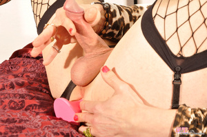Sexy dude in pantyhose and girl top show - XXX Dessert - Picture 3