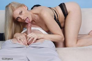 Cute matured blonde, licks, sucks and wo - XXX Dessert - Picture 3