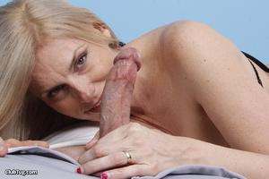 Cute matured blonde, licks, sucks and wo - XXX Dessert - Picture 5