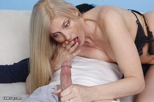 Cute matured blonde, licks, sucks and wo - XXX Dessert - Picture 6