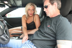 Guy in car gets his long shaft handled e - XXX Dessert - Picture 3