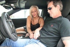 Guy in car gets his long shaft handled e - XXX Dessert - Picture 4
