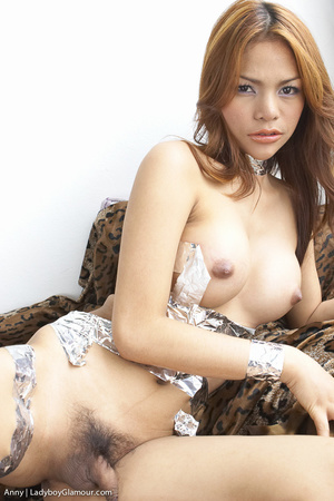 Pretty party girl, likes to play - XXX Dessert - Picture 3