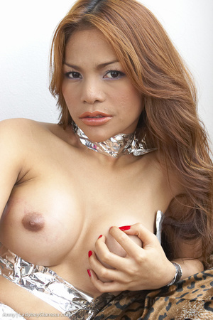 Pretty party girl, likes to play - XXX Dessert - Picture 4