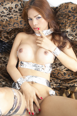 Pretty party girl, likes to play - XXX Dessert - Picture 5