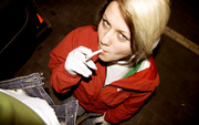 smoking teen aneta gloves