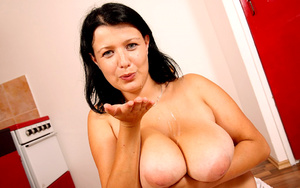 Busty Jane on her knees going hard on he - XXX Dessert - Picture 1