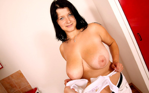 Busty Jane on her knees going hard on he - XXX Dessert - Picture 6