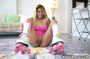 sexy milf roller