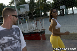 amateur, latina, tits, work out
