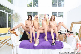amateur, lesbian, threesome, white