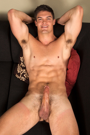 Sexy gay dude posing nude with his dick  - XXX Dessert - Picture 3