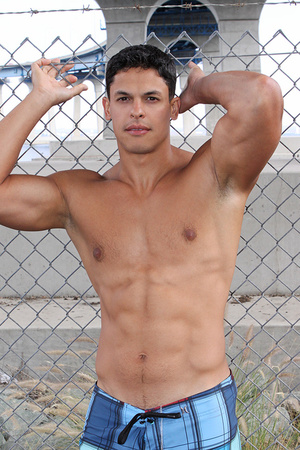 Muscular latino dude Carlos loves sport  - XXX Dessert - Picture 15