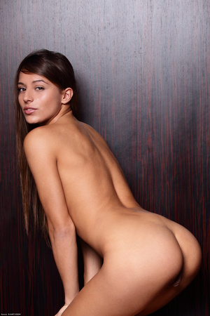 Xnxx images and videos