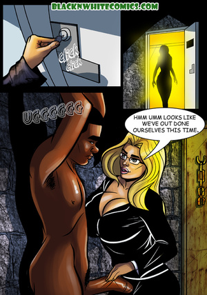 Blonde bitch in glasses enslaves black g - XXX Dessert - Picture 3
