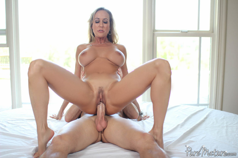 Curvy keisha grey rides a rock hard cock anally